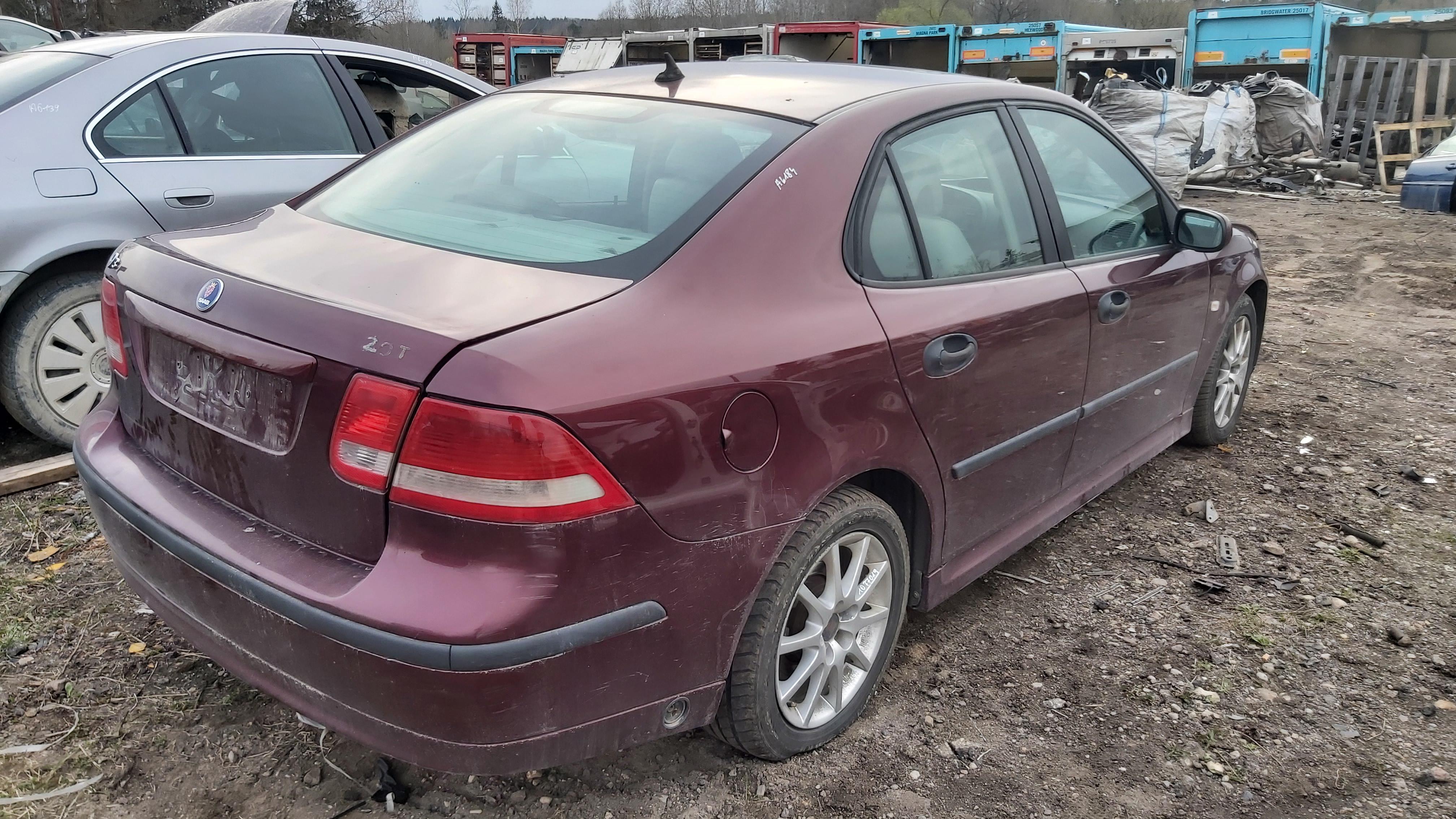 Naudotos automobiliu dallys Foto 6 SAAB 9-3 2004 2.0 Automatinė Sedanas 4/5 d. Raudona 2021-4-29 A6184