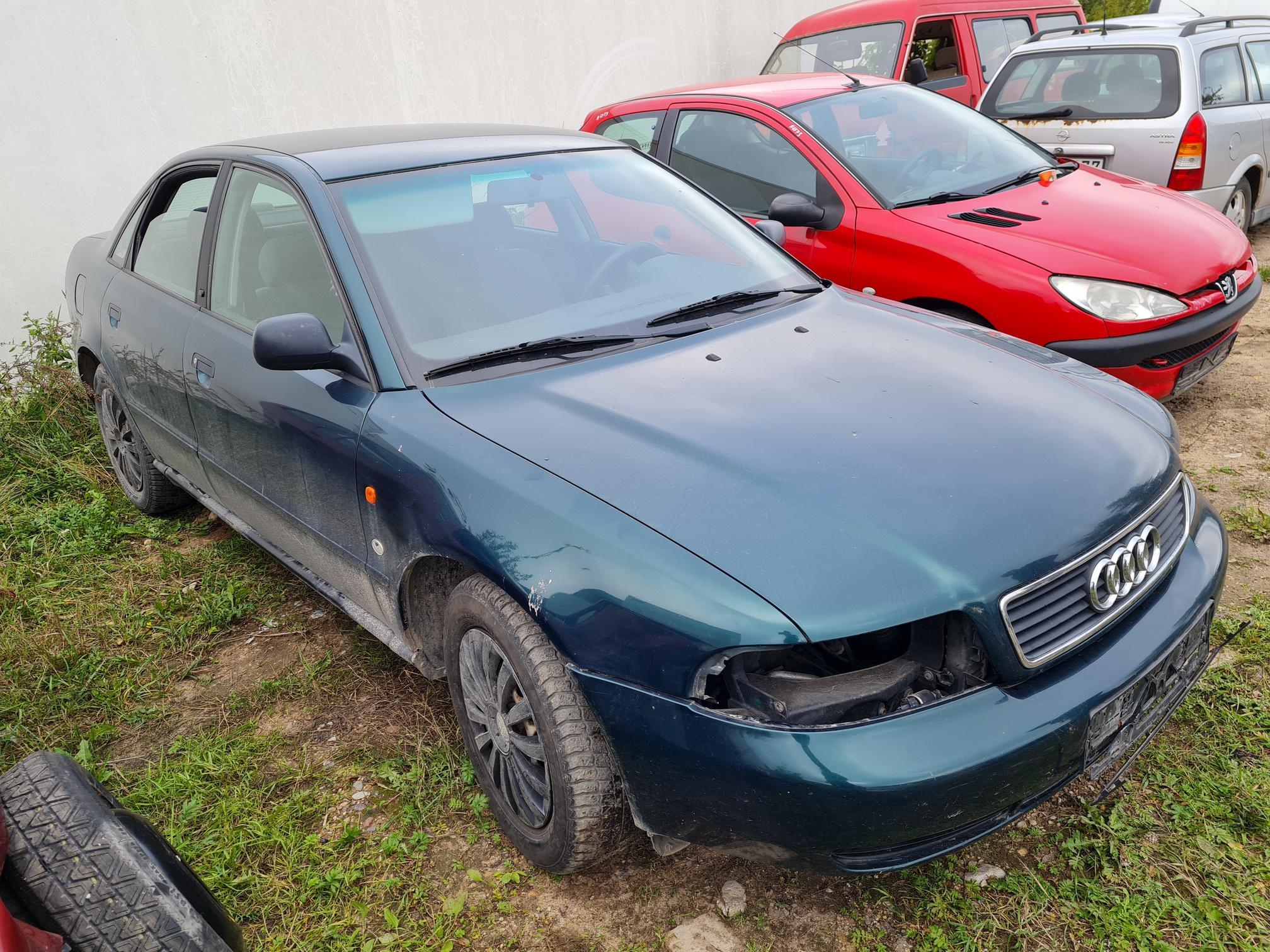 Naudotos automobilio dalys Audi A4 1996 1.9 Automatinė Sedanas 4/5 d. Zalia 2021-9-01