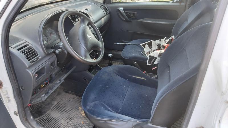 Naudotos automobiliu dallys Foto 7 Peugeot PARTNER 2001 1.9 Mechaninė Komercinis 2/3 d. Balta 2021-7-20 A6431