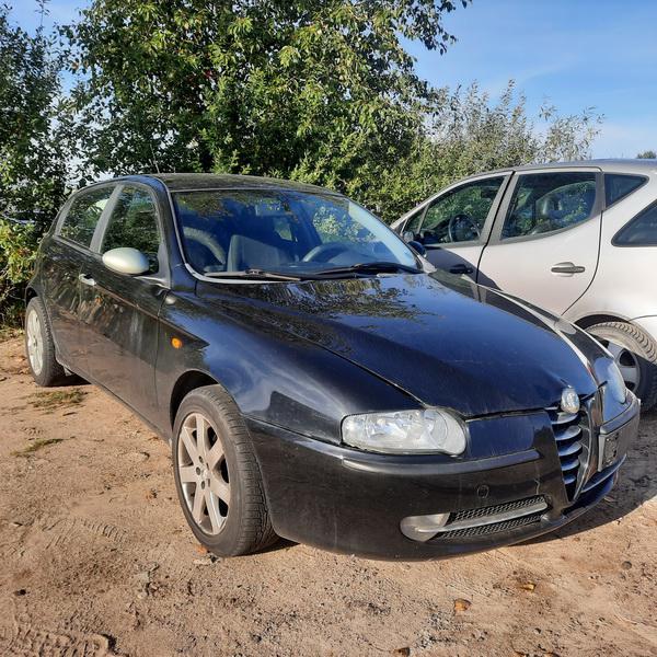 Naudotos automobilio dalys Alfa-Romeo 147 2003 1.6 Mechaninė Hečbekas 4/5 d. Juoda 2021-9-13