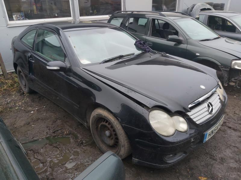 Foto-1 Mercedes-Benz C-CLASS W203, 2000.05 - 2004.02 2004 Petrol 1.8