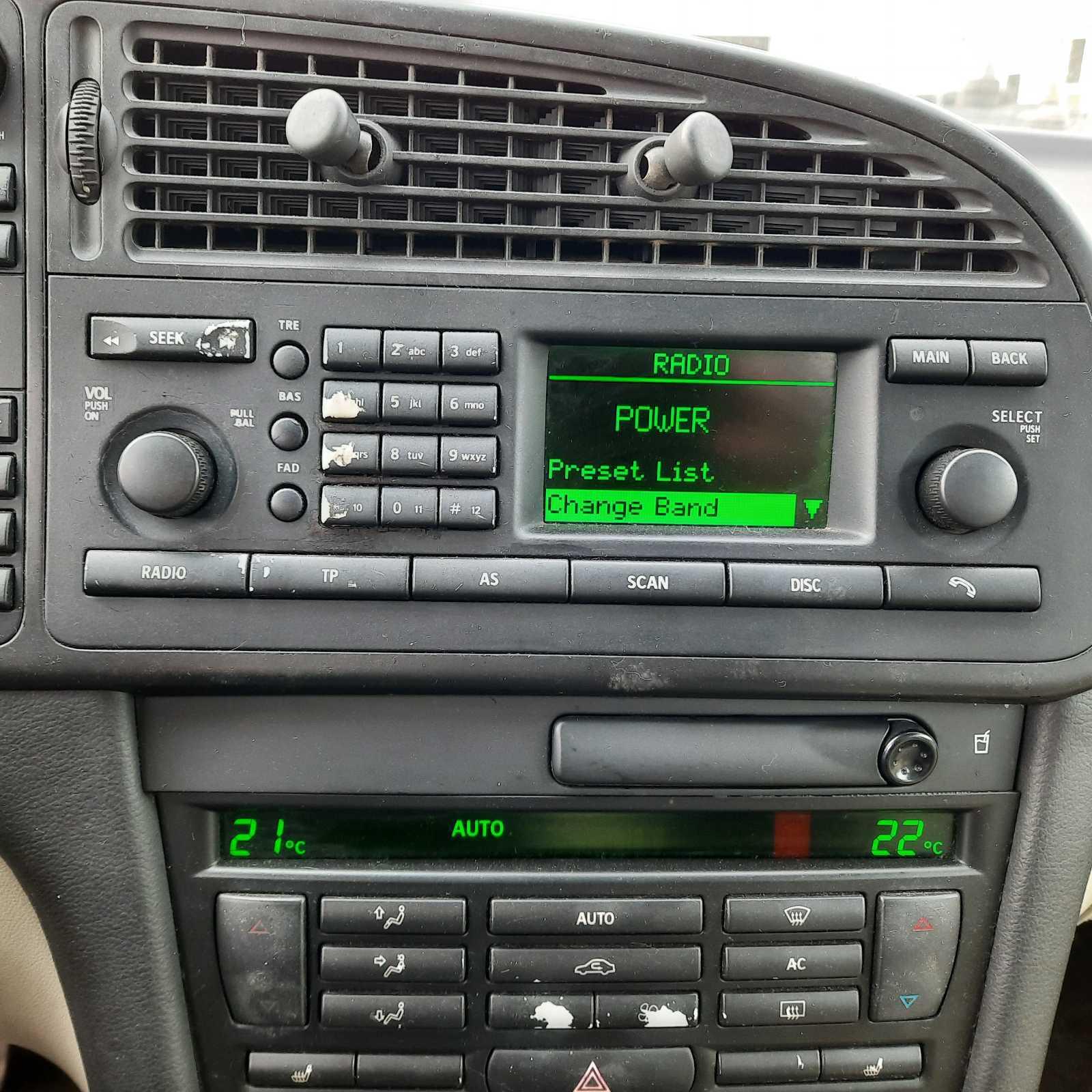 Naudotos automobiliu dallys Foto 8 SAAB 9-3 2004 2.0 Automatinė Sedanas 4/5 d. Raudona 2021-4-29 A6184