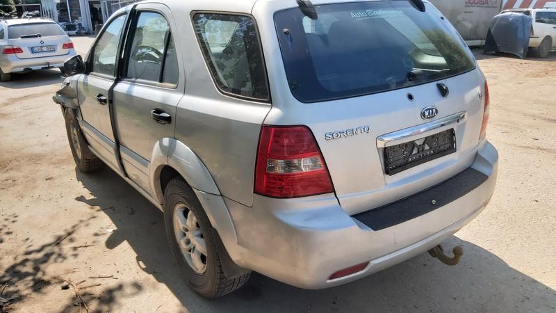 Naudotos automobiliu dallys Foto 8 Kia SORENTO 2006 2.5 Mechaninė Visureigis 4/5 d. Pilka 2021-7-20 A6430