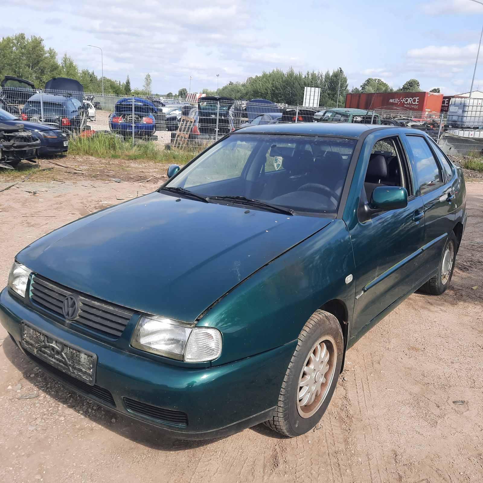 Foto-2 Volkswagen Polo Polo, III 1994.09 - 1999.12 1997 Diesel 1.9