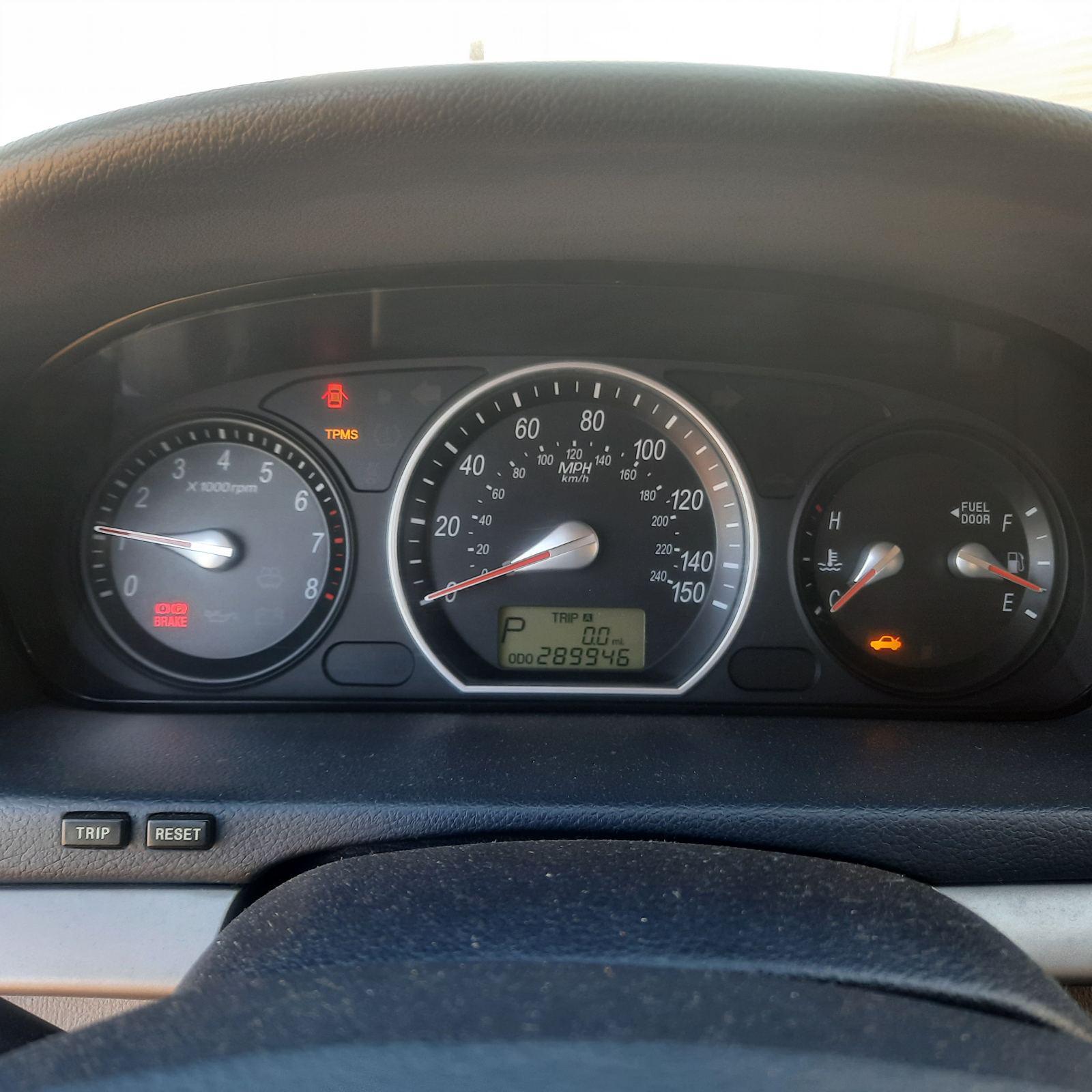 Naudotos automobilio dalys Hyundai SONATA 2008 2.4 Automatinė Sedanas 4/5 d. Pilka 2021-10-08