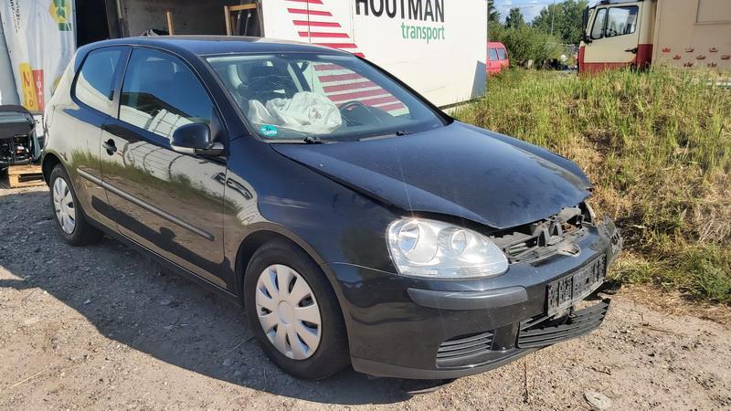 Volkswagen GOLF 2004 1.4 Mechaninė