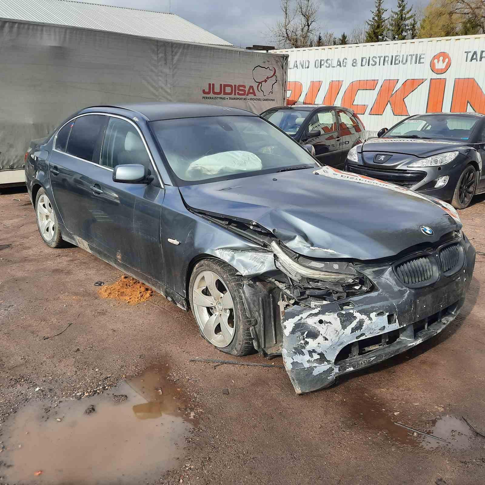 Naudotos automobilio dalys BMW 5-SERIES 2003 2.2 Automatinė Sedanas 4/5 d. Pilka 2021-5-08