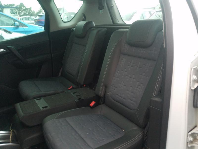 Подержанные Автозапчасти Opel MERIVA 2011 1.7 автоматическая минивэн 4/5 d. белый 2021-2-25