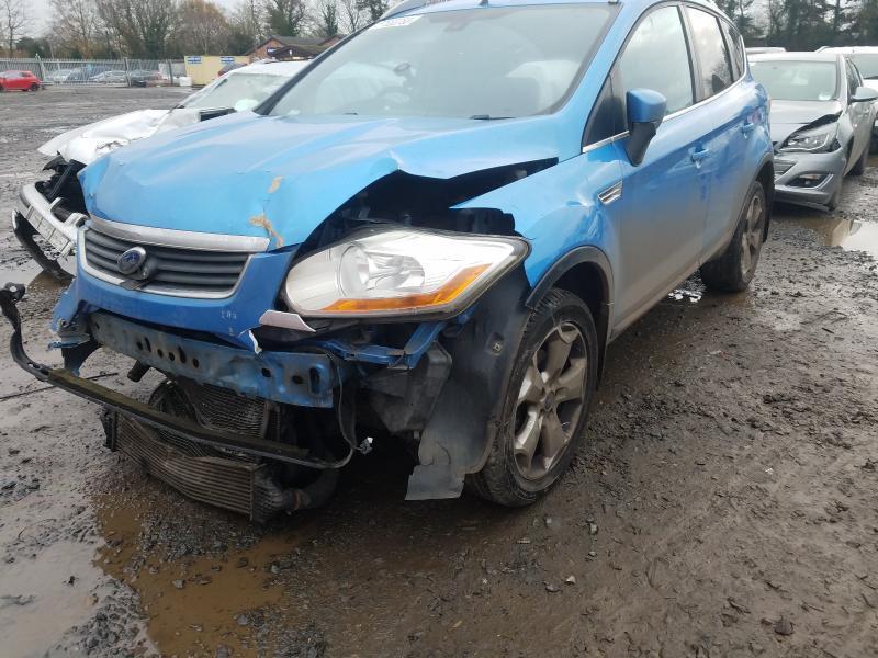 Naudotos automobiliu dallys Foto 8 Ford KUGA 2009 2.0 Mechaninė Visureigis 4/5 d. Melyna 2021-1-18 A6031