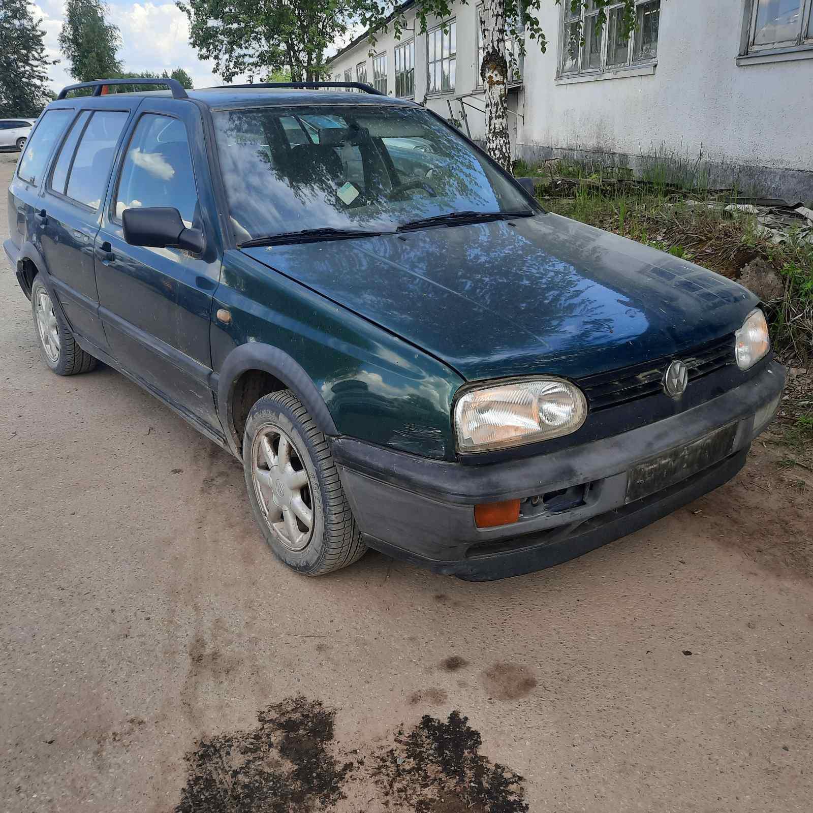 Volkswagen GOLF 1996 1.9 Mechaninė