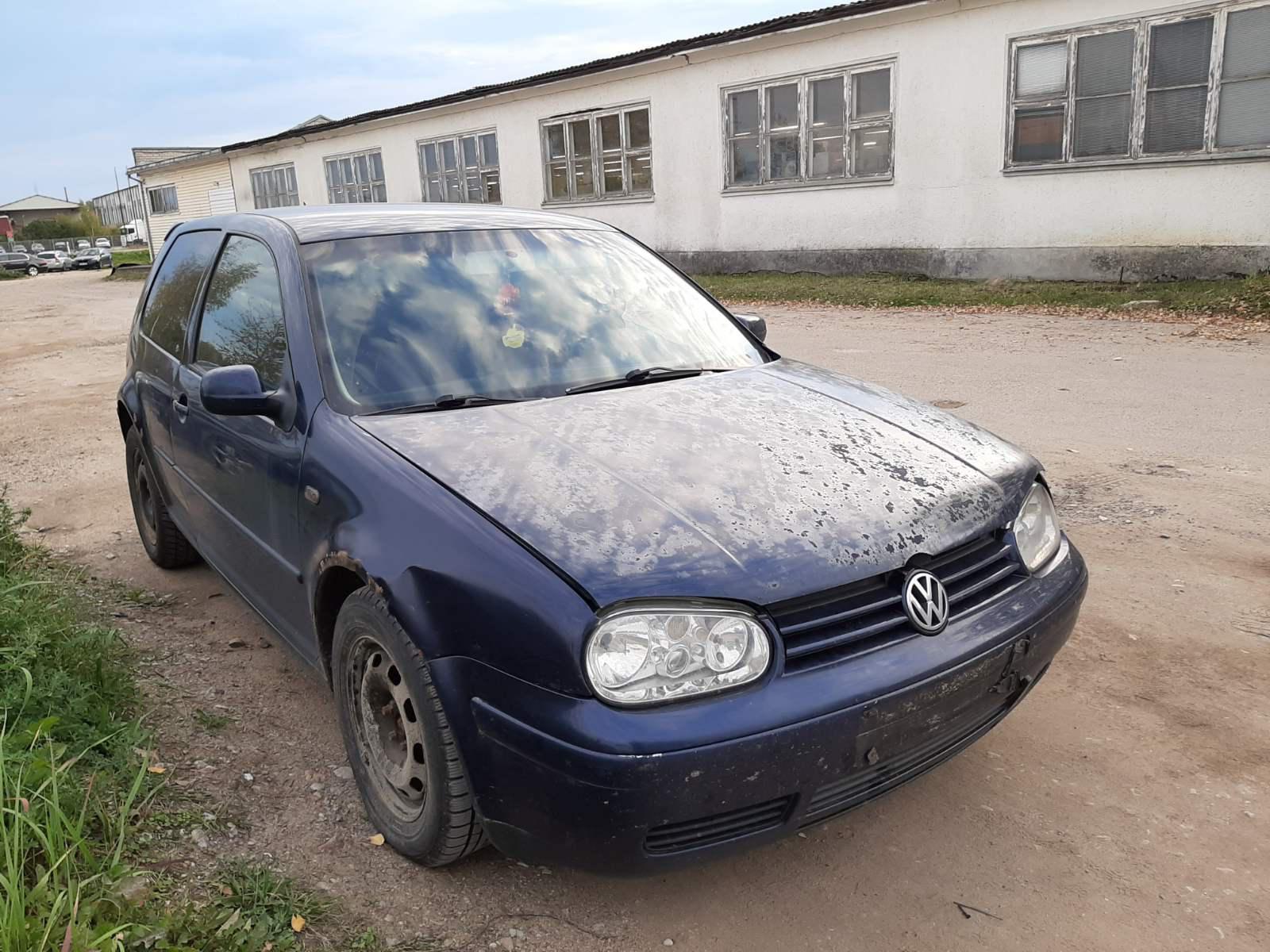 Naudotos automobilio dalys Volkswagen GOLF 2000 1.9 Mechaninė Hečbekas 2/3 d. Melyna 2021-10-04