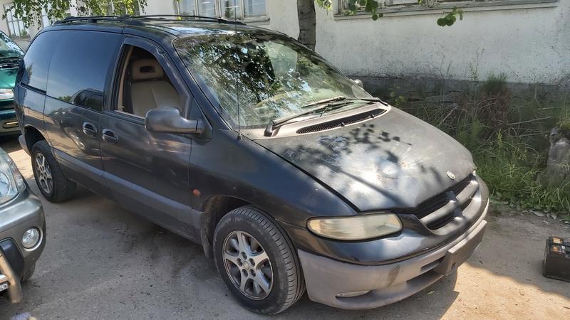 Naudotos automobilio dalys Chrysler VOYAGER 2000 2.5 Mechaninė Vienatūris 4/5 d. Juoda 2021-7-01