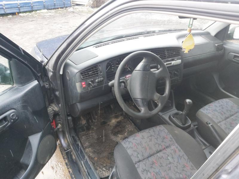Naudotos automobilio dalys Volkswagen GOLF 1995 1.8 Mechaninė Hečbekas 4/5 d. Violetine 2020-11-30