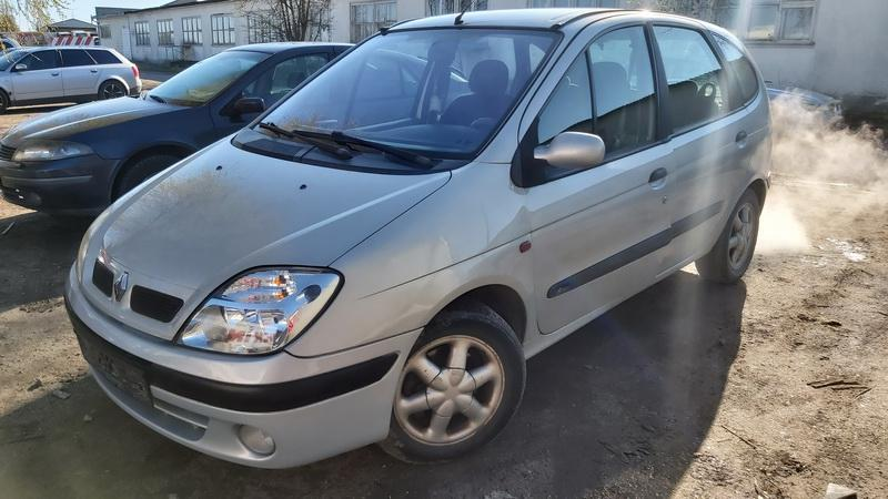 Used Car Parts Foto 2 Renault SCENIC 2000 1.6 Automatic Minivan 4/5 d. Grey 2021-5-01 A6188