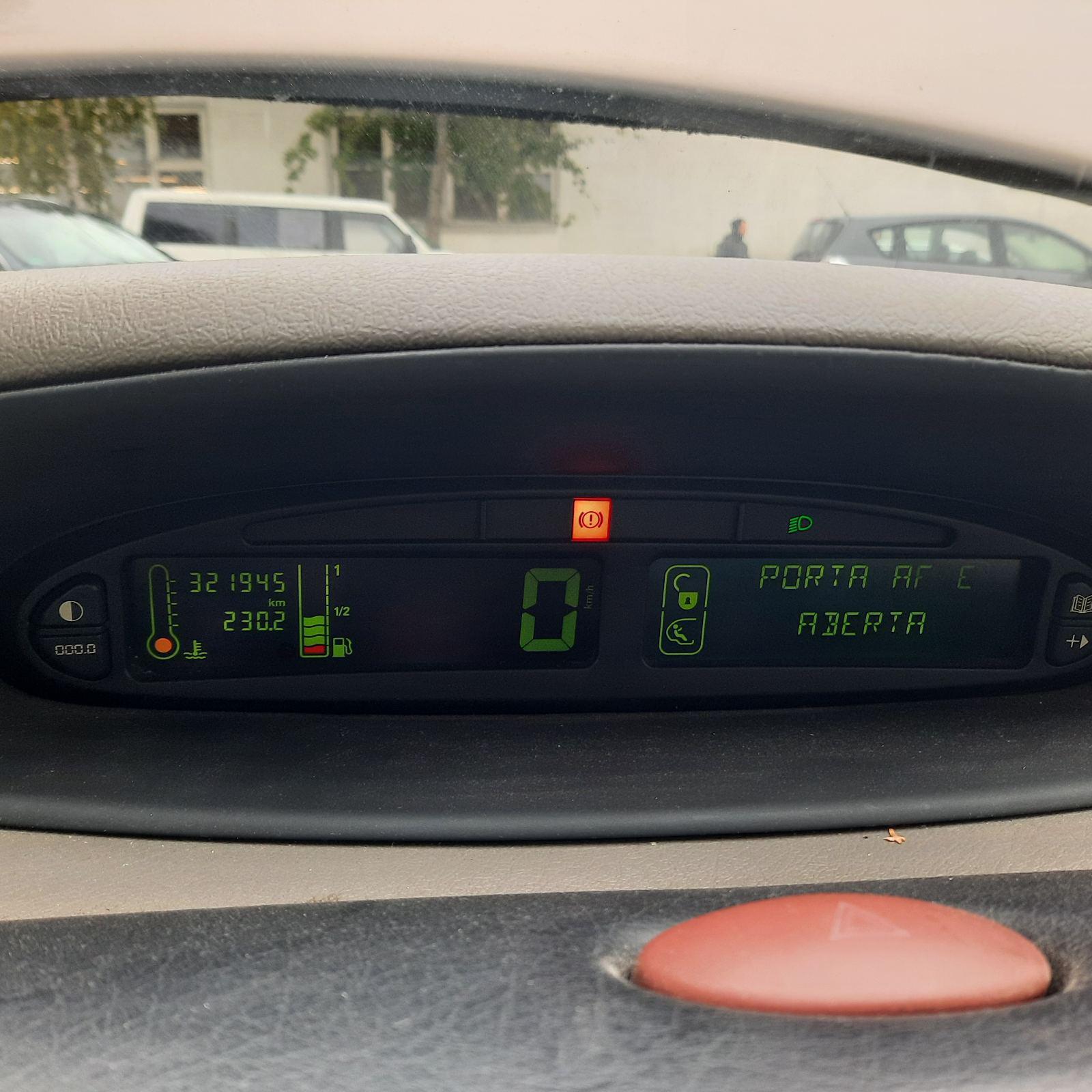 Naudotos automobilio dalys Citroen XSARA PICASSO 2002 1.8 Mechaninė Vienatūris 4/5 d. Pilka 2021-9-18