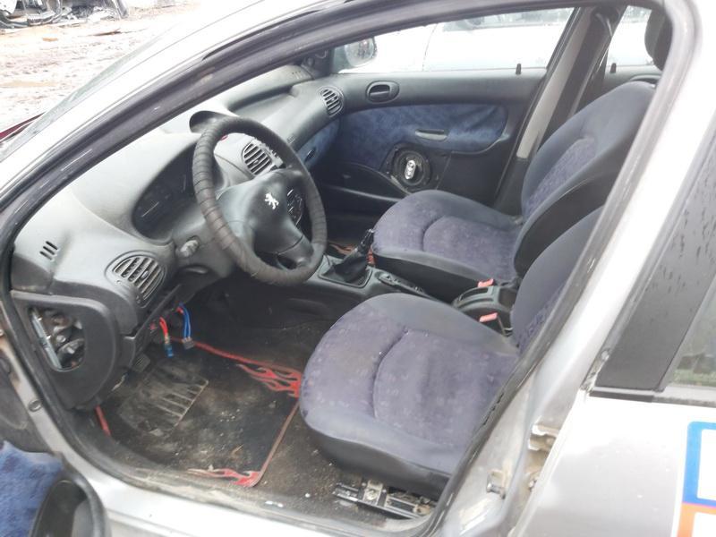 Подержанные Автозапчасти Foto 5 Peugeot 206 2000 1.1 машиностроение хэтчбэк 4/5 d. Серый 2020-11-21 A5844