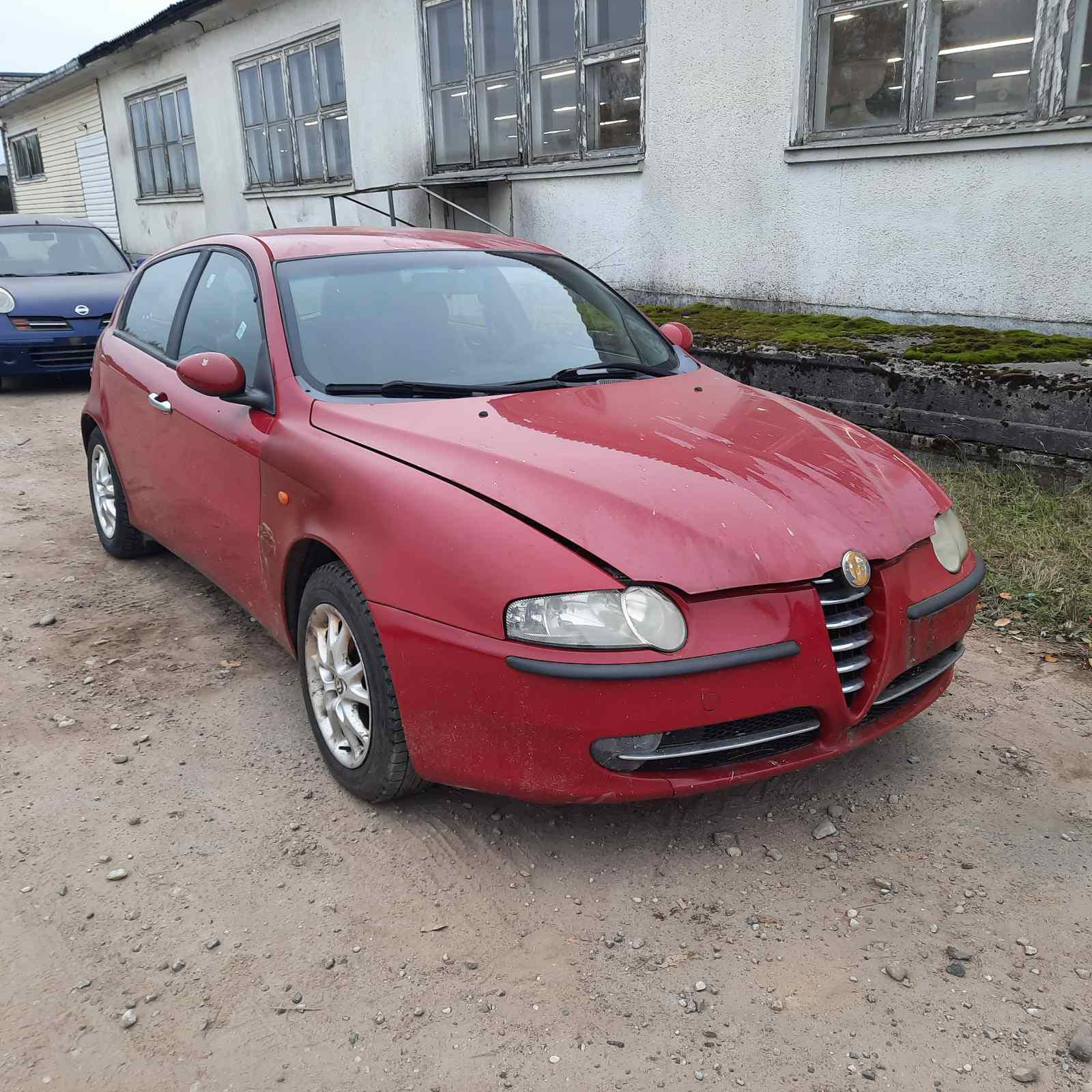 Naudotos automobilio dalys Alfa-Romeo 147 2002 1.6 Mechaninė Hečbekas 4/5 d. Raudona 2021-10-01