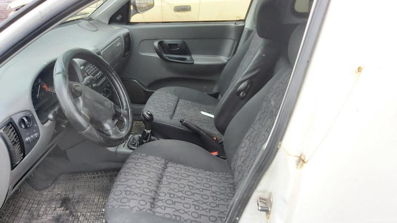 Naudotos automobiliu dallys Foto 5 Volkswagen CADDY 2001 1.9 Mechaninė Komercinis 2/3 d. Balta 2020-12-23 A5961