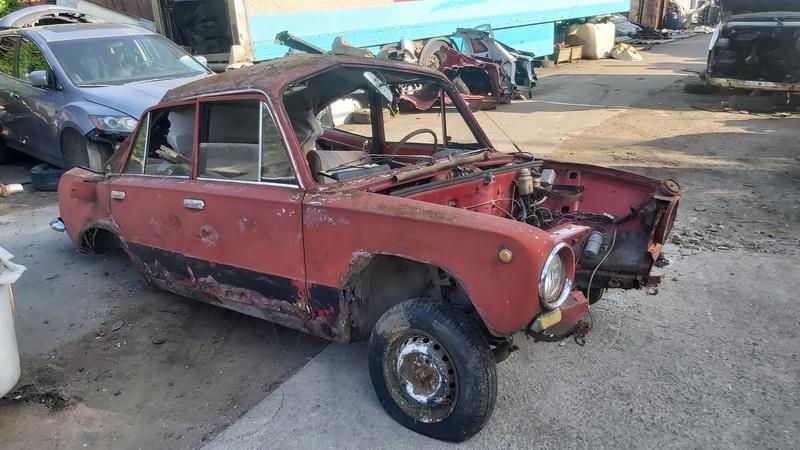 Naudotos automobilio dalys Lada 2101 1977 1.2 Mechaninė Sedanas 4/5 d. Ruda 2021-7-22